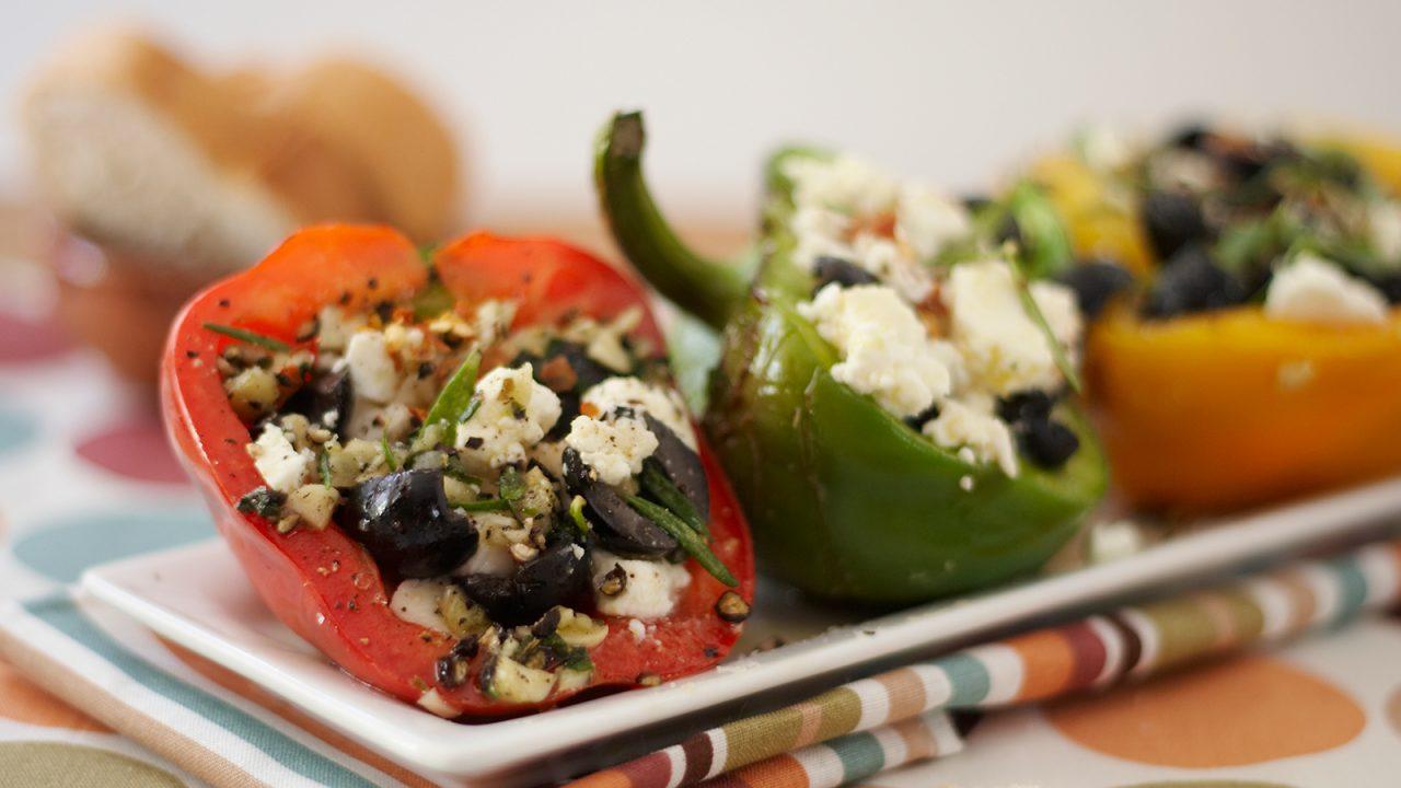 Paprika mit Käse Oliven Füllung