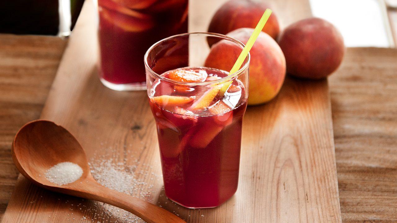 Erfrischende Pfirsich Sangria