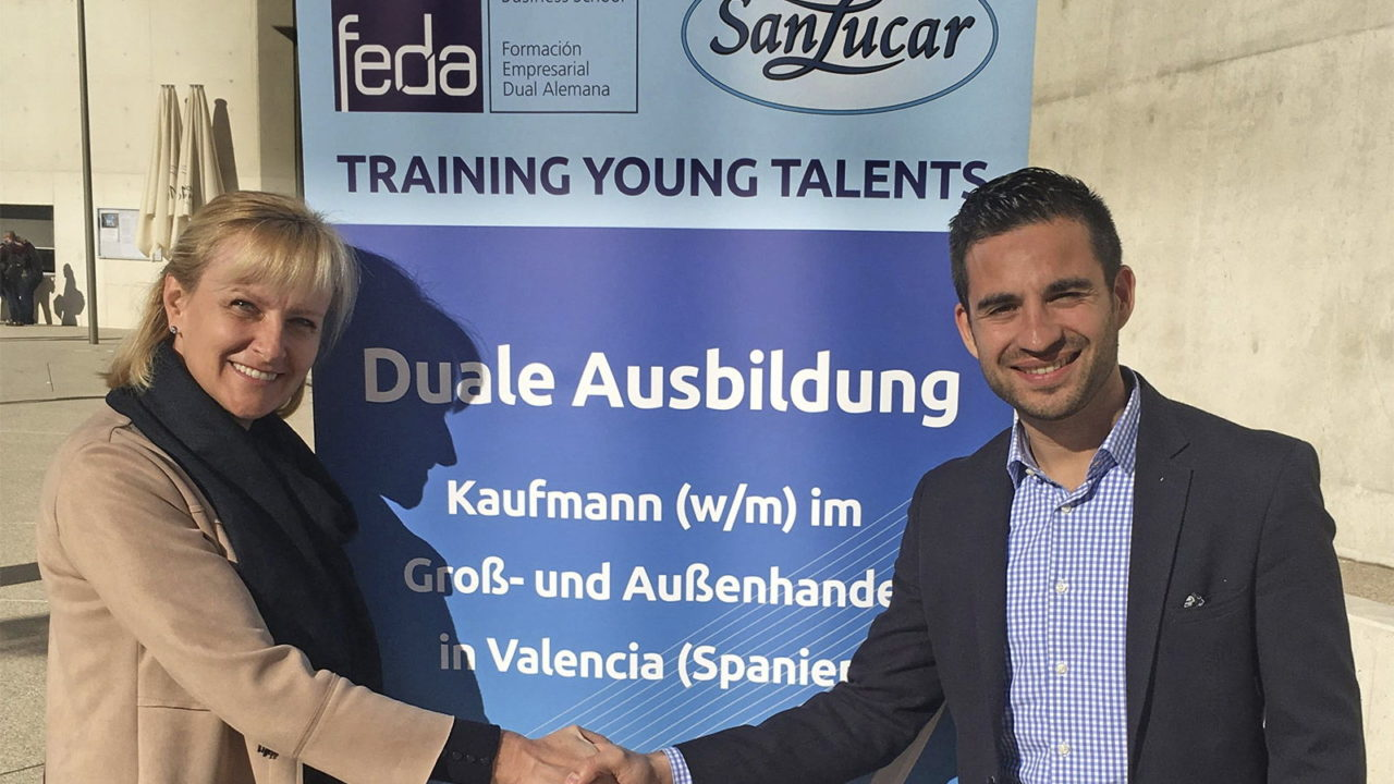 SanLucar promotes Dual Training
